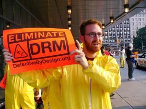 Offline-Proteste gegen DRM (wie hier im Jahr 2007 in Boston) finden sich in diesem Jahr kaum.