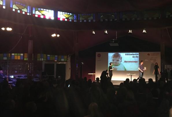Als professioneller Ausklang der Frankfurter Buchmesse hat sich in den letzten Jahren die Preisverleihung des Marketing-Award Virenschleuderpreis von Leander Wattig etabliert. Nach der Veranstaltung am Freitagabend...