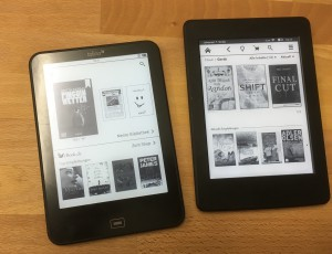 Tolino Vision 3 HD links, Kindle Paperwhite 3 rechts