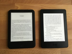Shine 2 HD links, Kindle PW 3 rechts (100% Beleuchtung)